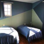 Chambre enfant avec lits simples